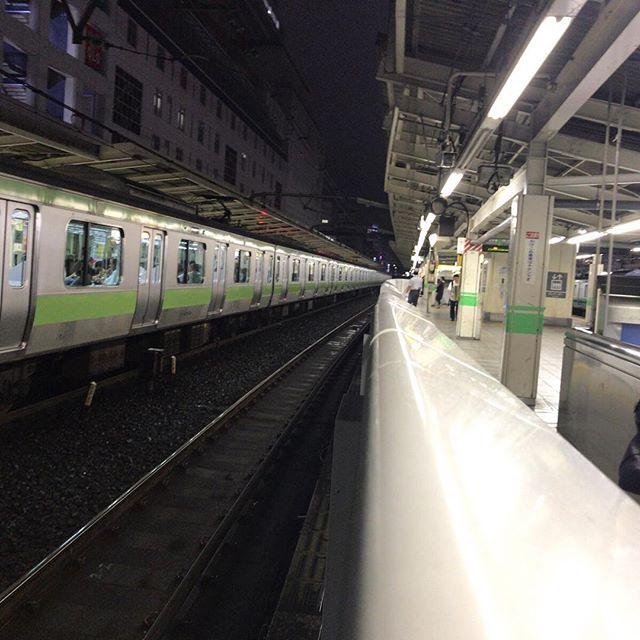 今日の一点透視法@JR池袋駅