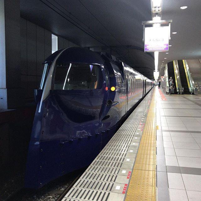 ちょっとだけ大阪を散歩しに行ってきます。#今日の一点透視法