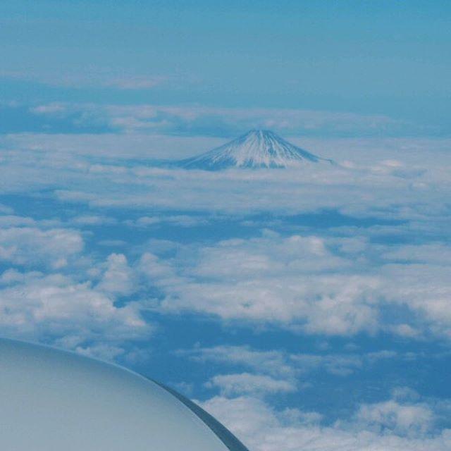 No other mountain in Japan is higher than Mt. Fuji. (比較級で最上級の内容を、の例文)#mtfuji #富士山