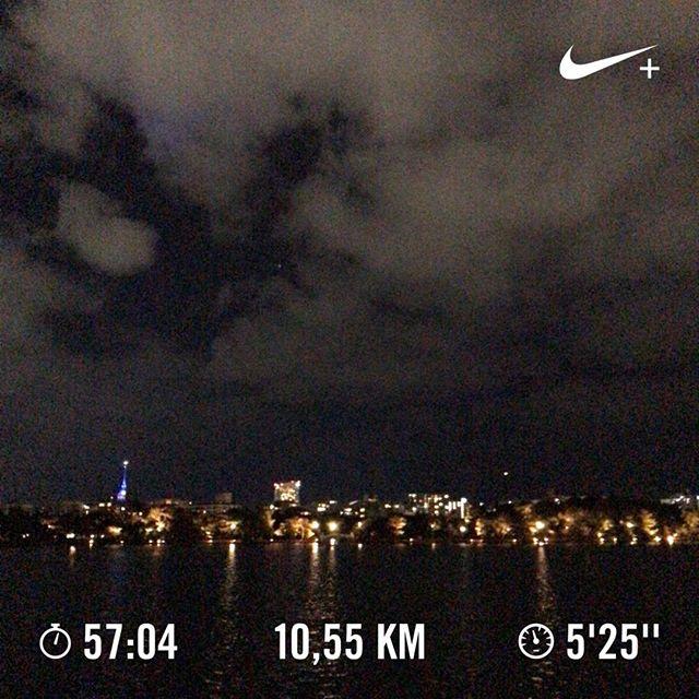 今日はゆっくりめに。#running #jogging #ランニング #ジョギング #大濠公園ラン