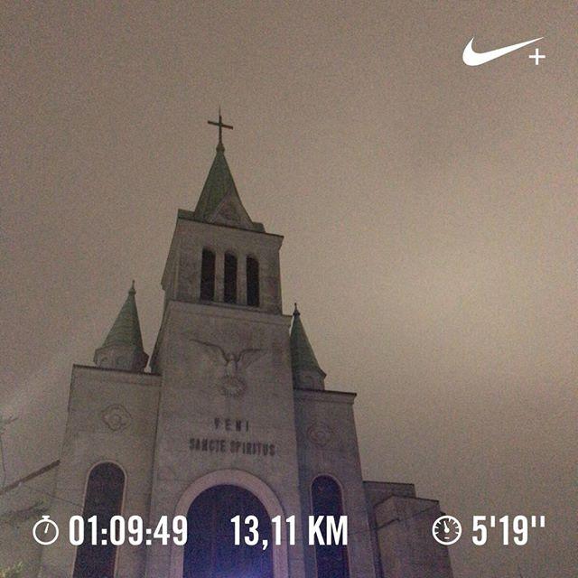 タイムは気にせず距離を伸ばすことに専念→成功。僕のランニングコースは近所の教会の前を通ります。#running #ランニング #jogging #ジョギング #大濠公園 #大濠公園ラン